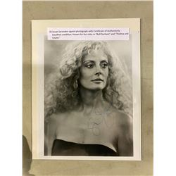 SUSAN SARANDON SIGNED PHOTOGRAPH WITH CERTIFICATE OF AUTHENTICITY. EXCELLENT CONDITION. KNOWN FOR
