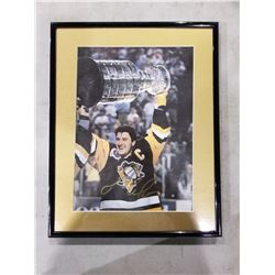 MARIO LEMIEUX SIGNED AND FRAMED PITTSBURGH PENGUINS STANLEY CUP PICTURE WITH CERTIFICATE OF