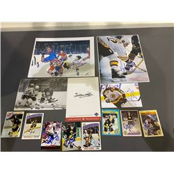 BOSTON BRUINS AUTOGRAPHS (13 ITEMS) - INCLUDING ITEMS SIGNED BY BRAD PARK, ADAM OATES, JEAN RATELLE,