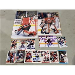 NEW JERSEY DEVILS AUTOGRAPHS (14 ITEMS) - INCLUDING 2 MARTIN BRODEUR SIGNED PICTURES AND ITEMS