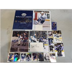 "TORONTO MAPLE LEAF SIGNED MEMORABILIA (19 AUTOGRAPHS) - INCLUDES FRANK MAHOVLICH AND DAVE ""TIGER"""