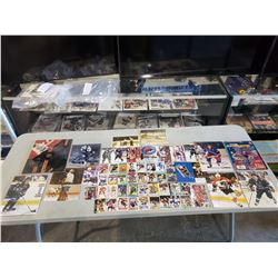 HOCKEY AUTOGRAPHS (60+ ITEMS) - INCLUDES ITEMS SIGNED BY GORDIE HOWE, BOBBY HULL, FRANK MAHOVLICH,