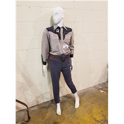 WESTERN STYLED MANNEQUIN