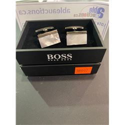 HUGO BOSS STERLING SILVERE & MOTHER OF PERAL CUFFLINKS