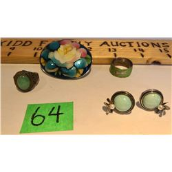 GR OF 4 JEWELRY ITEMS - RINGS, BROACH & EARRINGS