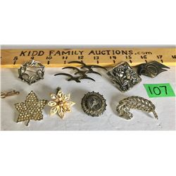 9 PCS OF COSTUME JEWELRY BROACHES