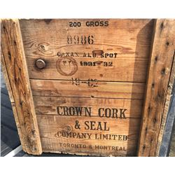 CROWN CORK & SEAL CO. CRATE WITH VERY GOOD DECALS.