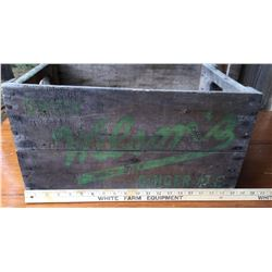 VINTAGE WILSON'S GINGER ALE CRATE & CANADA DRY GINGER ALE CRATE