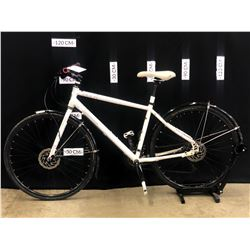 "WHITE NORCO INDIE 2 27 SPEED HYBRID TRAIL BIKE WITH FRONT AND REAR HYDRAULIC DISC BRAKES, 18"" FRAME"