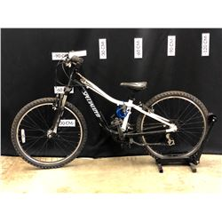 BLACK AND WHITE SPECIALIZED HOTROCK 21 SPEED FRONT SUSPENSION YOUTH SIZE MOUNTAIN BIKE, 63 CM
