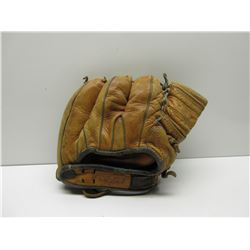 Wrist Lock Ball Glove - Victor 01MC Triple Play Hinged Pad