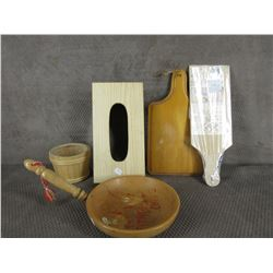 5 Wood Kitchen Pieces