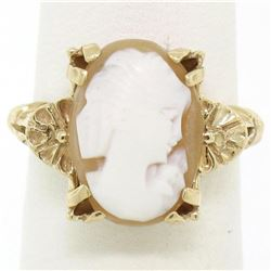 Vintage 14kt Yellow Gold Carved Shell Cameo Floral Ring