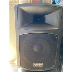 PODIUM PRO AUDIO PP1203A POWERED SPEAKER