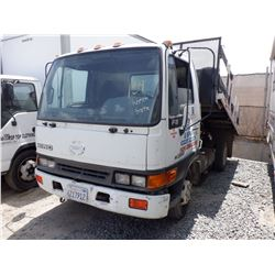 1999 Hino FB-1817
