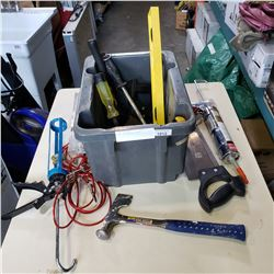 TOTE OF VARIOUS TOOLS