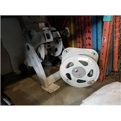 ROLLING HOSE REEL AND WALL MOUNT REEL