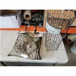 PORTABLE PET BAG AND WIRE BASKET