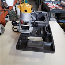 BLACK AND DECKER ROUTER IN CASE