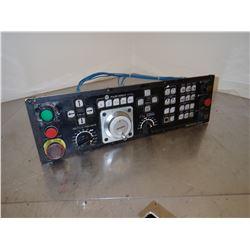 OKUMA E5409-770-002-1 OPERATOR PANEL