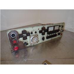 OKUMA E5402-183-365 OPERATOR PANEL