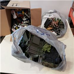 2 BAGS OF ARMY TOYS AND TOY CARS