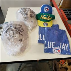 2 TORONTO BLUE JAY SHIRTS, BLUE JAYS HAT, NEW YORK HAT, AND OTHE NEW HATS
