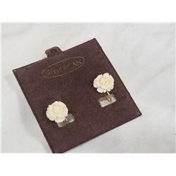 9 KARAT GOLD EARRINGS