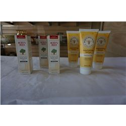 3 BRAND NEW BURTS BEES ULTIMATE CARE HAND CREAM AND 3 NEW NOURISHING LOTIONS - RETAIL $94.99