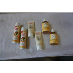 2 BRAND NEW BURTS BEES DEEP CLEANSING CREAM, 2 NEW SUPER SHINEY CONDITIONERS, AND 2 NEW BUBBLE BATHS