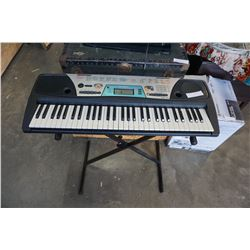 YAMAHA PSR170 KEYBOARD AND STAND