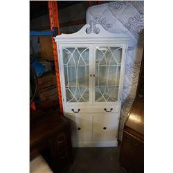 WHITE GLASS DOOR CORNER SHELF