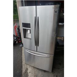 SAMSUNG STAINLESS FRENCH DOOR FRIDGE WITH BOTTOM DRAWER FREEZER, ICE AND WATER