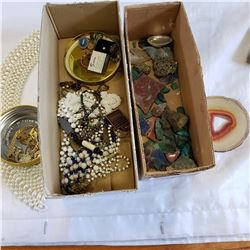 TRAY OF JEWELLERY AND TRAY OF SEMI PRECIOUS STONES