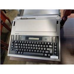 PANASONIC ELECTRONIC TYPEWRITER R200