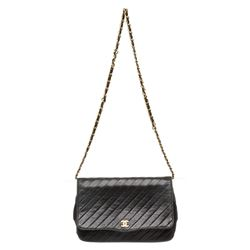 Chanel Black Calfskin Leather Vintage Diagonal Quilted Flap Shoulder Bag