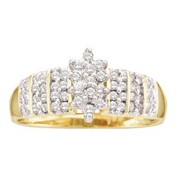 1/4 CTW Round Prong-set Diamond Oval Cluster Ring 14kt Yellow Gold - REF-21W5F