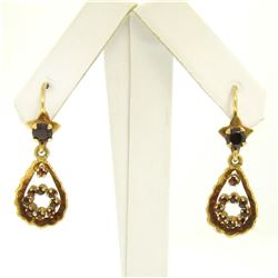 Vintage 18K Yellow Gold 1.0 ctw Pear Shape Garnet Dangle Drop Lever Back Earring