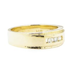 0.17 ctw Diamond Ring - 14KT Yellow Gold