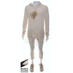 Future Man (TV) – Josh Futturman's (Josh Hutcherson) Distressed Outfit – FM252