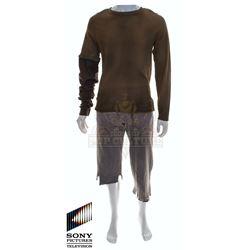 Future Man (TV) – Josh Futturman's (Josh Hutcherson) Outfit – FM331