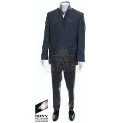 Future Man (TV) – Susan's (Seth Rogen) Outfit – FM216