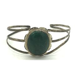SPLIT SHANK NAVAJO CUFF BANGLE W GREEN STONE
