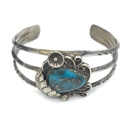 BANGLE W/ TURQUOISE STONE .925