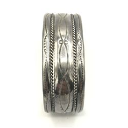 TAHE STERLING SILVER CUFF