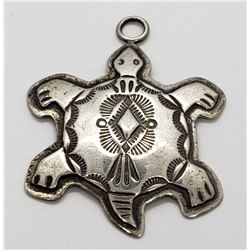 STERLING TURTLE PENDANT NATIVE STYLE