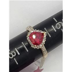 10K GOLD RING W RUBY STONE SIZE 7