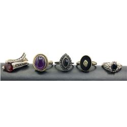 5 RINGS STERLING W DARK STONES SZ 5