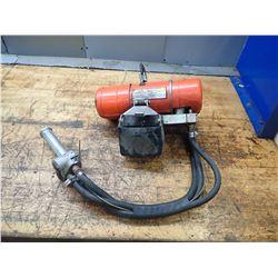 CM Shopair 300lbs Pneumatic Hoist, S/N: SS6380SX