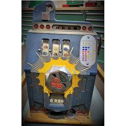 Antique Mills Dime Slot Machine - Works Well -